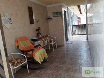 Casa, código 14877775 em Praia Grande, bairro Ocian