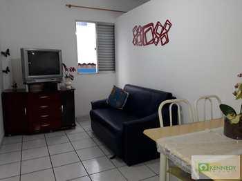 Apartamento, código 14877947 em Praia Grande, bairro Boqueirão