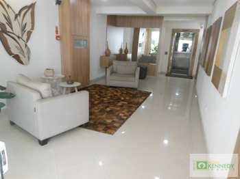 Apartamento, código 14878399 em Praia Grande, bairro Guilhermina