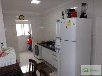 Apartamento, código 14878918 em Praia Grande, bairro Caiçara