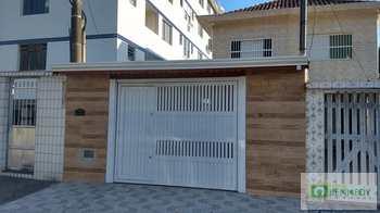 Casa, código 14878989 em Praia Grande, bairro Canto do Forte