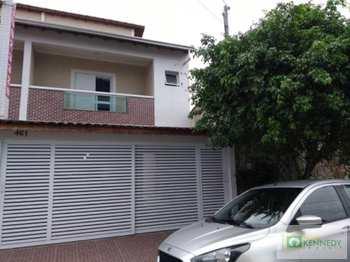Casa, código 14879253 em Praia Grande, bairro Guilhermina