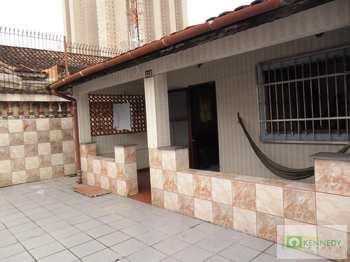 Casa, código 14879733 em Praia Grande, bairro Mirim
