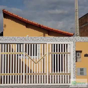 Casa em Praia Grande, bairro Esmeralda
