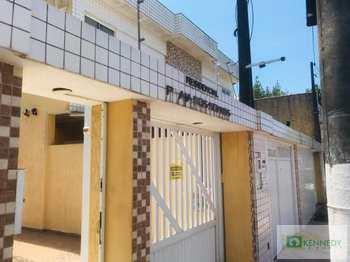 Casa, código 14879834 em Praia Grande, bairro Guilhermina