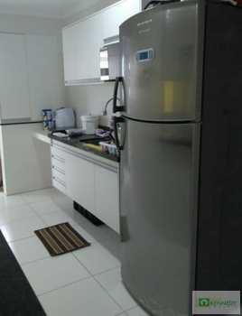 Apartamento, código 14880297 em Praia Grande, bairro Caiçara