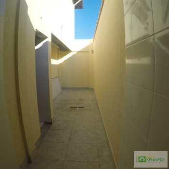 Sobrado de Condomínio em Praia Grande, bairro Tupiry