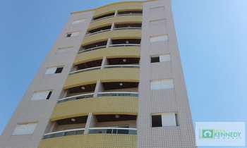 Apartamento, código 14880624 em Praia Grande, bairro Real