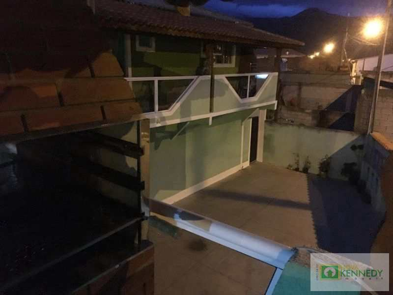 Casa de Condomínio em Praia Grande, no bairro Esmeralda
