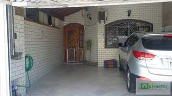 Casa, código 14880841 em Praia Grande, bairro Guilhermina