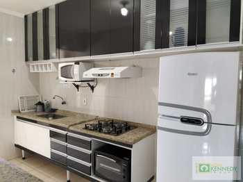 Apartamento, código 14881349 em Praia Grande, bairro Caiçara
