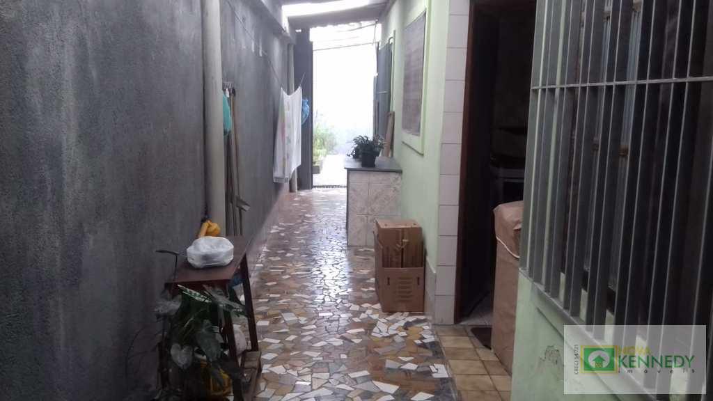 Casa em Praia Grande, no bairro Nova Mirim
