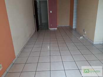 Apartamento, código 14881552 em Praia Grande, bairro Aviação