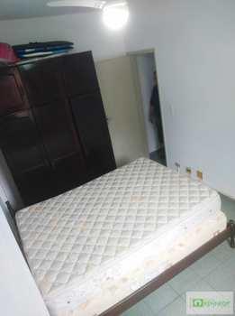 Apartamento, código 14882087 em Praia Grande, bairro Guilhermina