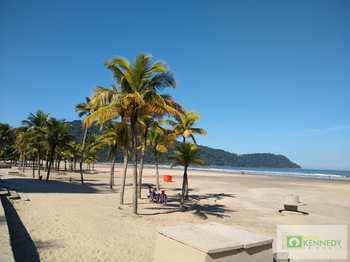Sobrado, código 14882197 em Praia Grande, bairro Caiçara