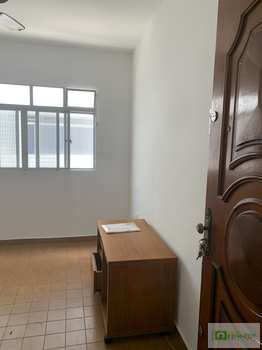 Apartamento, código 14882369 em Praia Grande, bairro Guilhermina