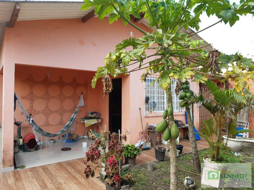 Casa em Itanhaém, no bairro Balneário Esther