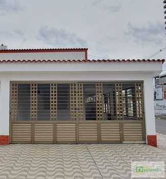 Casa, código 14882856 em Praia Grande, bairro Guilhermina
