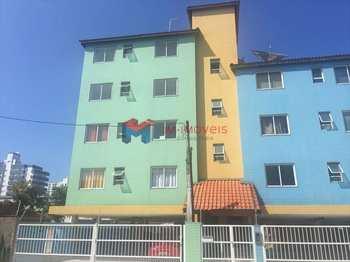 Apartamento, código 406000 em Praia Grande, bairro Caiçara