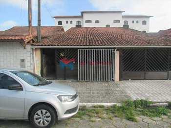 Casa, código 404300 em Praia Grande, bairro Maracanã