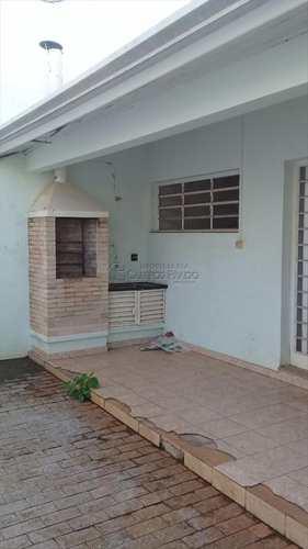 Casa, código 46517 em Jaú, bairro Centro