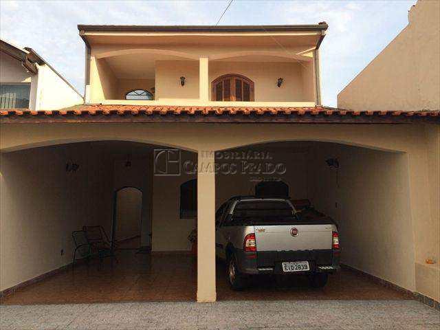 Casa em Jaú, bairro Centro