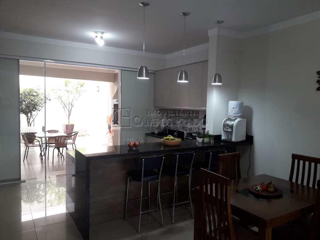 Casa em Jaú, no bairro Jardim Antonina