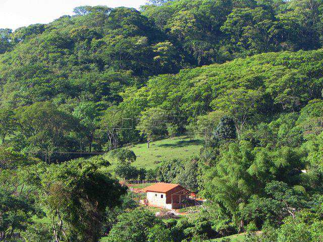 Sítio em Brotas, no bairro Bosque do Jacare