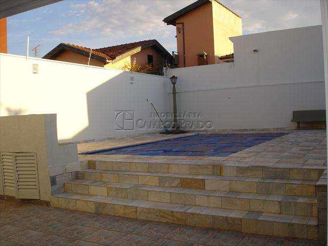 Casa em Jaú, no bairro Chácara Peccioli