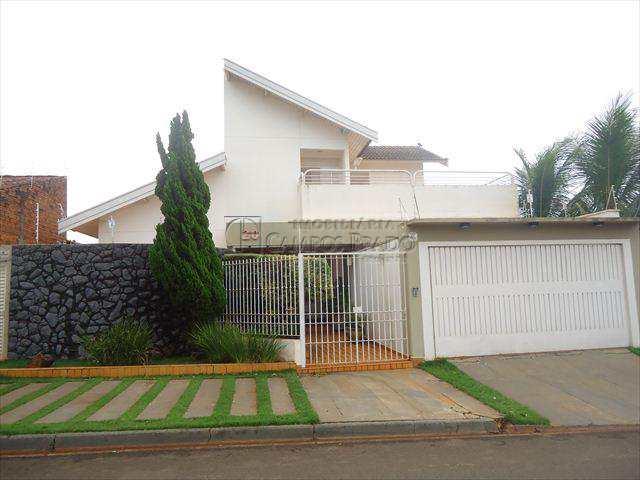 Sobrado em Jaú, bairro Jardim Alvorada II