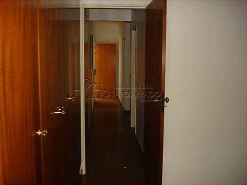 Apartamento, código 2032 em Jaú, bairro Centro