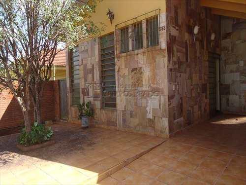Casa, código 2002 em Jaú, bairro Centro