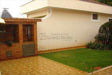 Casa, código 560 em Jaú, bairro Centro