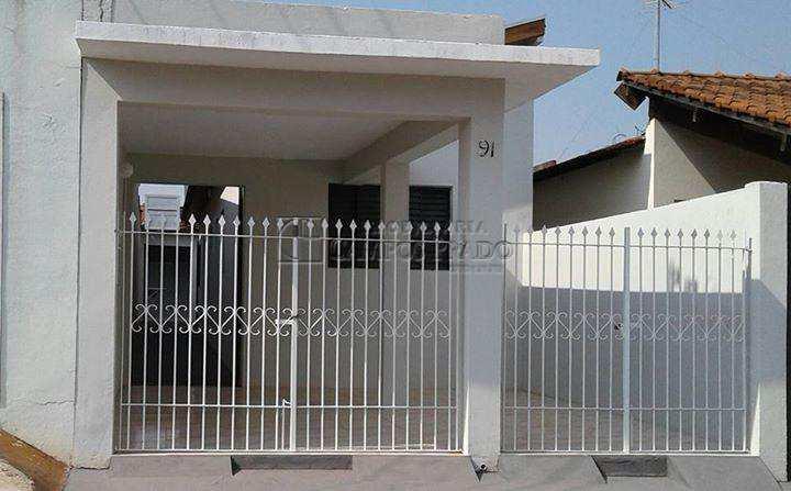 Casa em Jaú, bairro Chácara Flora