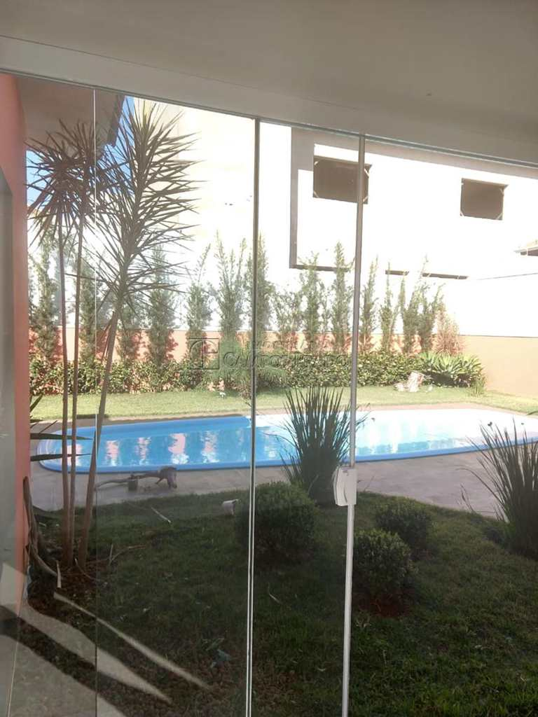 Casa em Jaú, bairro Condomínio Flamboyant
