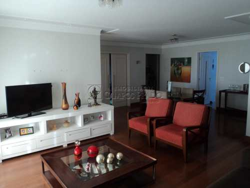 Apartamento, código 47011 em Jaú, bairro Centro