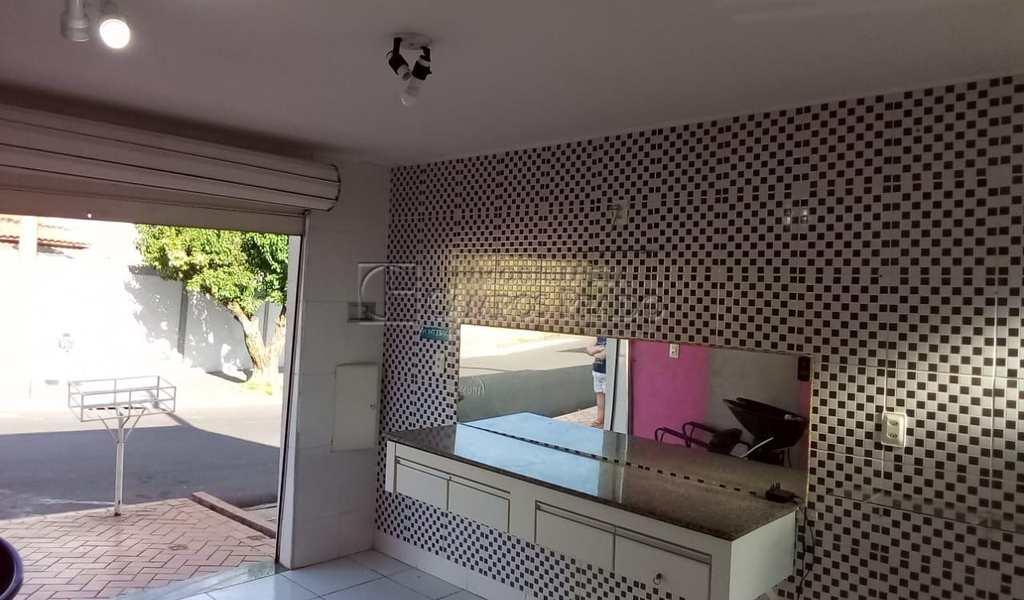 Sala Comercial em Jaú, bairro Jardim Rosa Branca