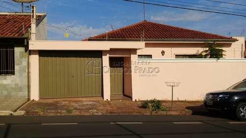 Casa, código 47201 em Jaú, bairro Vila Hilst
