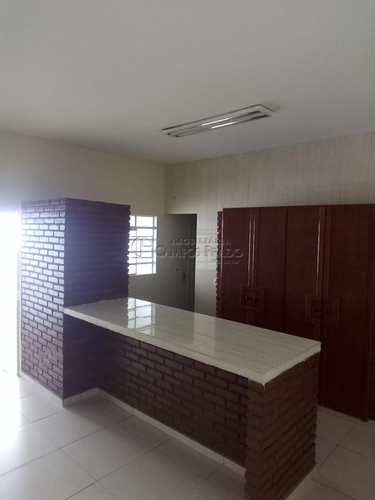 Casa, código 47354 em Jaú, bairro Jardim Itamarati