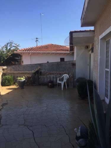 Casa, código 47362 em Jaú, bairro Vila Assis