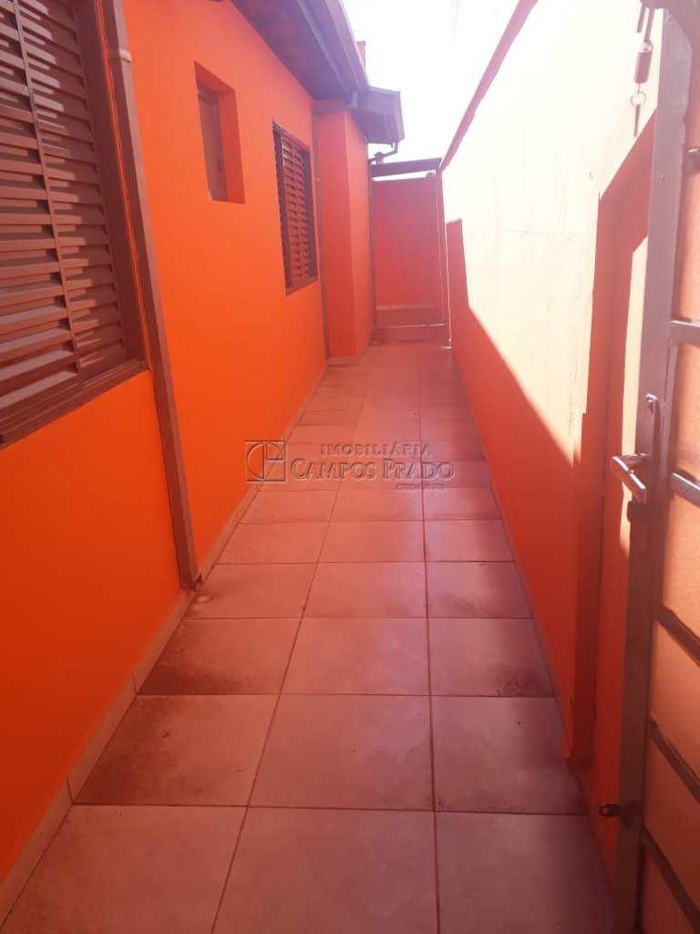 Casa em Jaú, no bairro Chácara Flora
