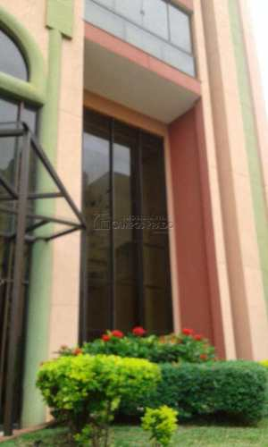 Apartamento, código 48021 em Jaú, bairro Centro