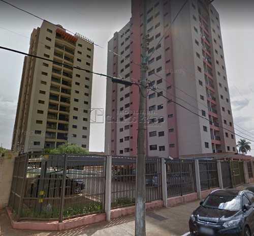 Apartamento, código 48056 em Jaú, bairro Centro