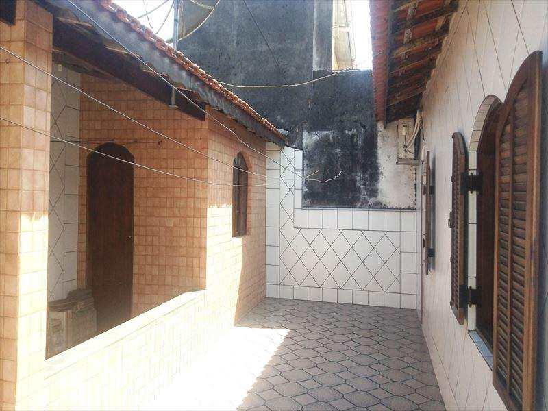 Casa em Itanhaém, no bairro Cidade Anchieta