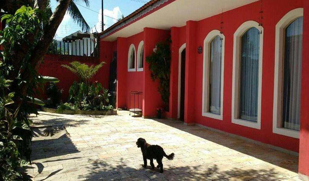Casa em Itanhaém, bairro Marajá