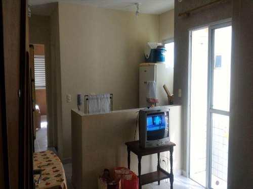 Apartamento, código 4585 em Itanhaém, bairro Balneário Tupy