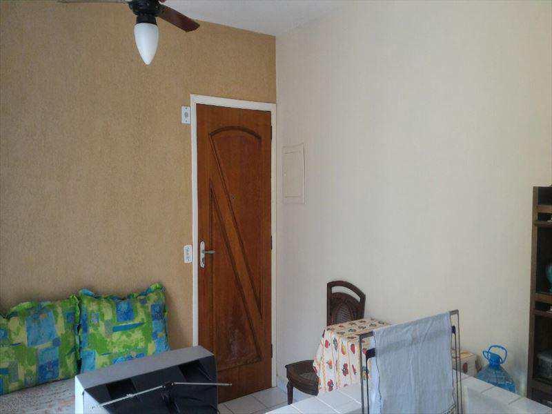 Apartamento em Itanhaém, no bairro Balneário Tupy