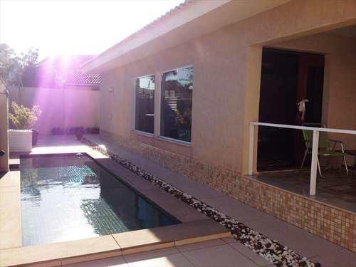 Casa, código 4355 em Itanhaém, bairro Centro