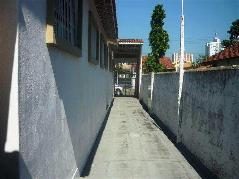 Casa Comercial em Itanhaém, no bairro Centro