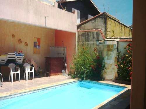 Casa, código 3993 em Itanhaém, bairro Jardim Grandesp